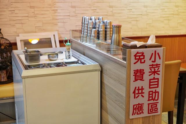 台南安平區美食【瑪西達韓式料理】小菜吃到飽