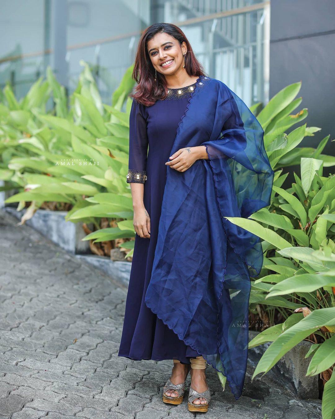 Malayalam Singer Sithara Krishna Kumar Beautiful Photos