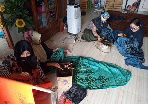 Geliat Rumah Batik dan Hidroponik Berkah Berdayo di Tengah Pandemi