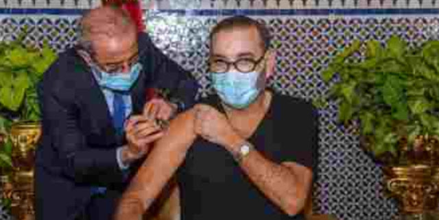 Raja Maroko Luncurkan Kampanye Vaksinasi Covid-19
