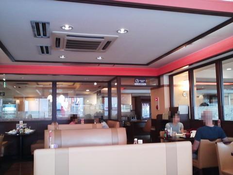 店内1 デニーズ名古屋東新町店