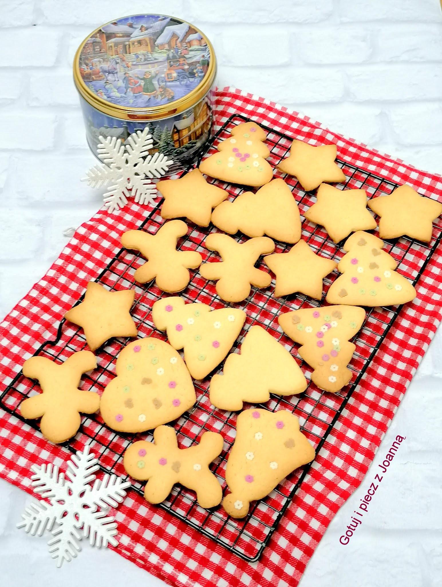 Ciasteczka z orzechami laskowymi
