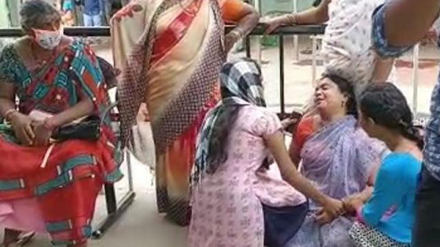 தாம்பரத்தில் கல்லூரி மாணவி குத்திக் கொல்லப்பட்டார்: தன் கழுத்தையும் அறுத்துக்கொண்ட இளைஞர்