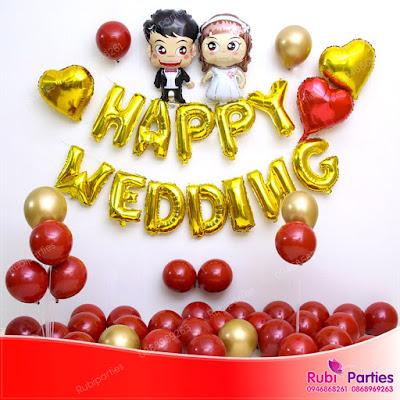 Cửa hàng bán phụ kiện trang trí phòng cưới tại Mai Động