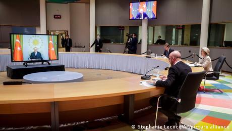 Υπό όρους η αναθέρμανση των σχέσεων ΕΕ-Τουρκίας