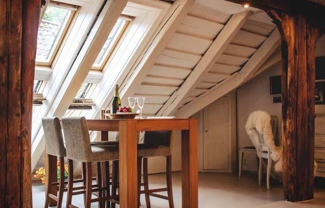 10 Ide Ruangan Kamar Loteng Kecil Yang Indah