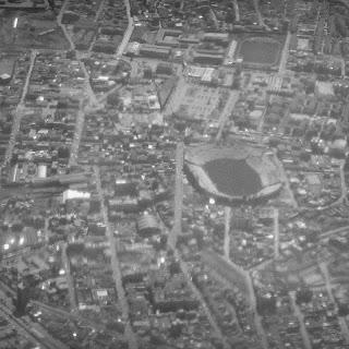 Estádio de Cusco, Visto do Avião