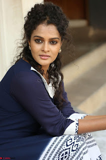 Sonia Deepti Looks Super cute at Chinni Chinni Asalu Nalo Regene Trailer Launc Exclusive ~  10.JPG