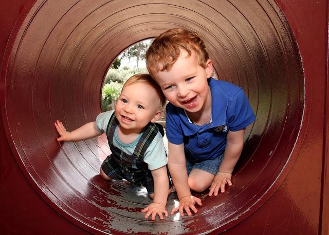 adopcja dziecka - adopcja trójki dzieci - adopcja rodzeństwa - spotkanie z biologicznym rodzeństwem - niepłodność - niepłodność to nie wyrok - chcemy być rodzicami - niepłodności nie widać - adopcja to nie tabu
