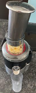 Réalisation du smoothie pomme, poire et gingembre
