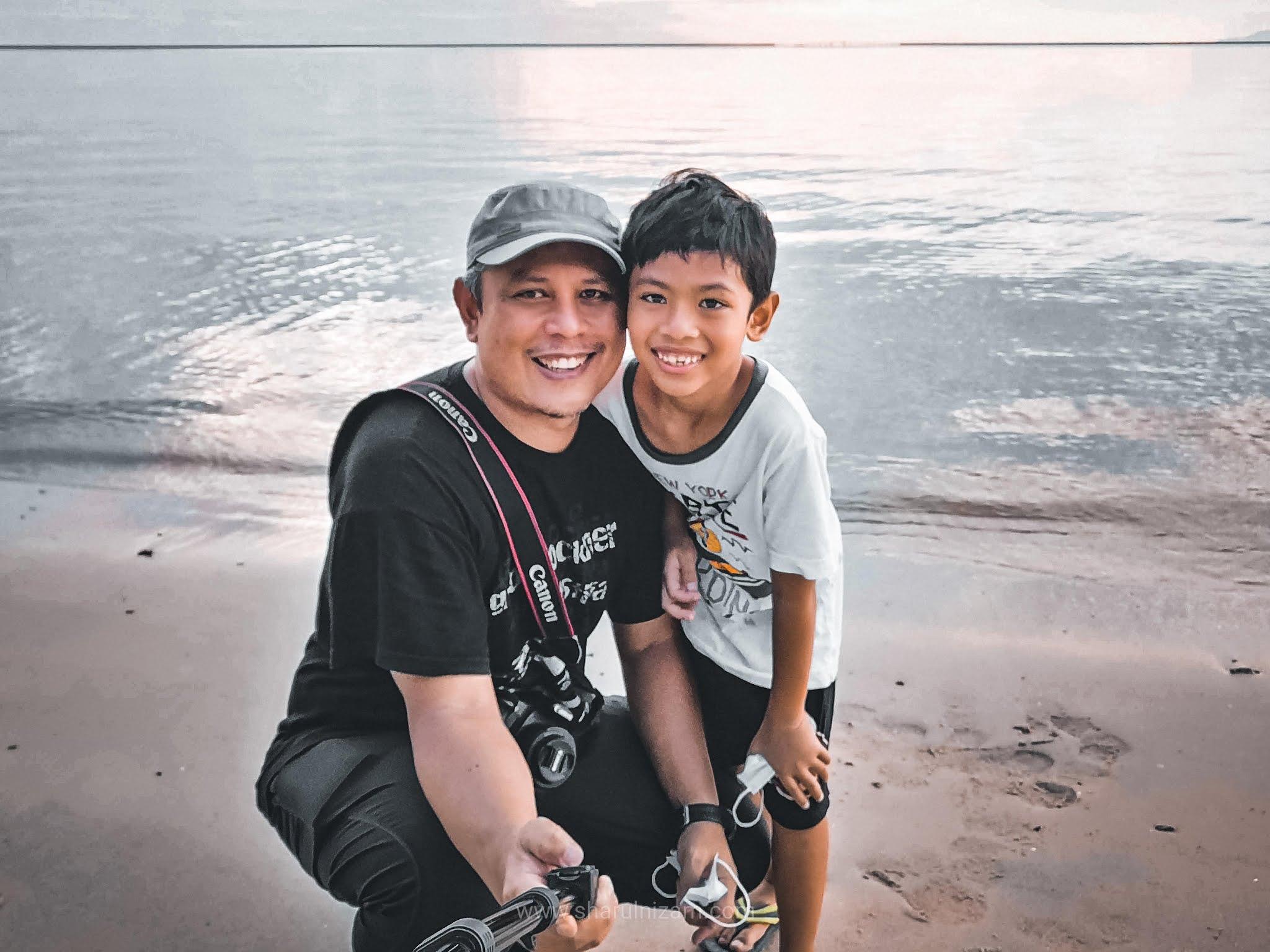 Merenung Matahari Terbenam Di Pantai Kuala Muda, Langkawi