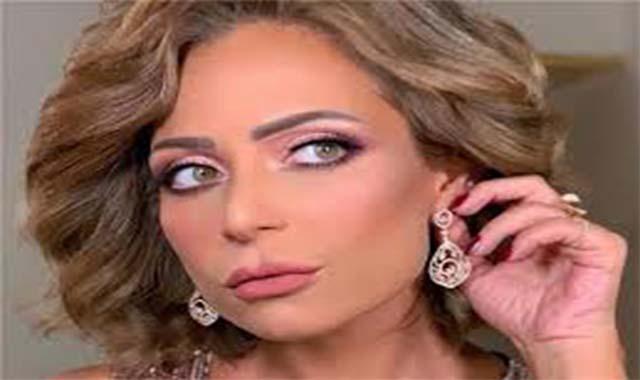 الإعلامية ريهام سعيد تقاضي الفنانة ريم البارودي