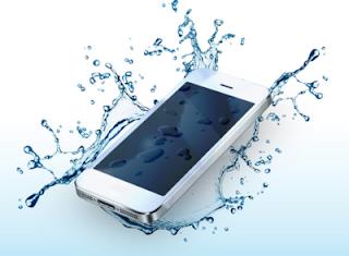 Tips Handphone Masuk Air