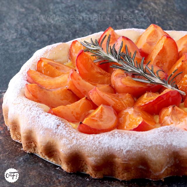 Tarte briochée abricot romarin