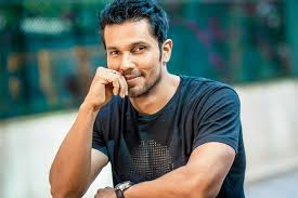 Randeep Hooda, Biography, Profile, Age, Biodata, Family , Wife, Son, Daughter, Father, Mother, Children, Marriage Photos.