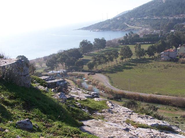 Akropolden denize doğru bakış