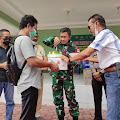 Paguyuban Sriwijaya PSMTI Polsek Tembilahan Hulu, Berikan Surprise di Hari Milad Dandim Inhil ke 41
