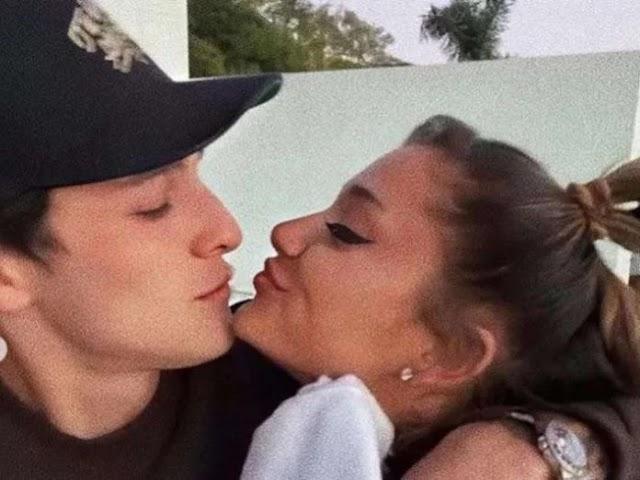 American singer Ariana Grande engaged