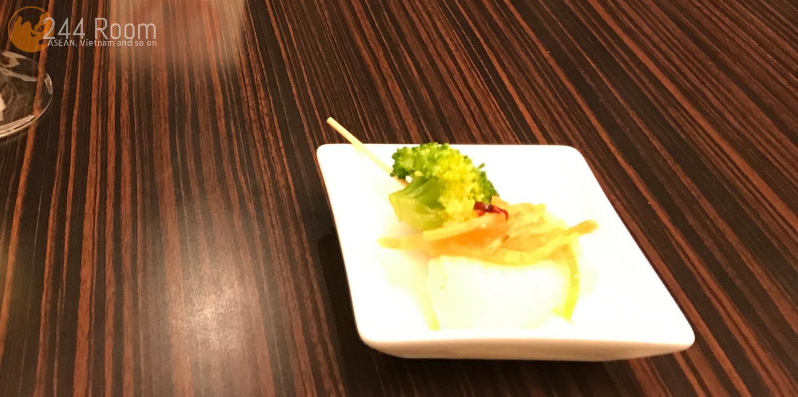 JALファーストクラスラウンジ Firstclass-lounge-narita3
