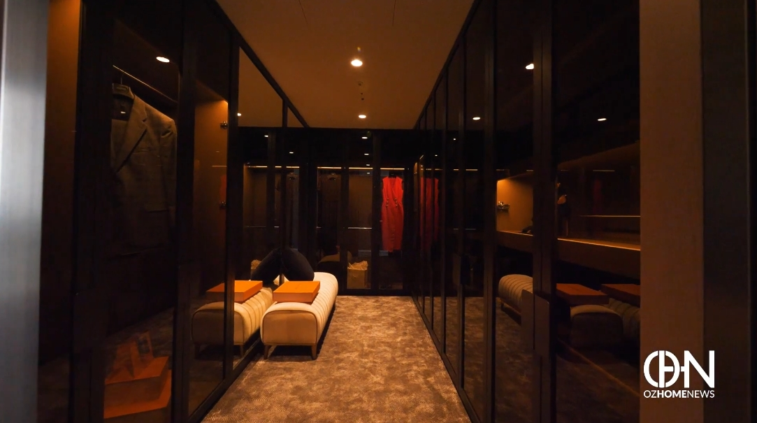 37 Interior Design Photos vs. 625 Chapel St, South Yarra Ultra Luxury Penthouse Tour