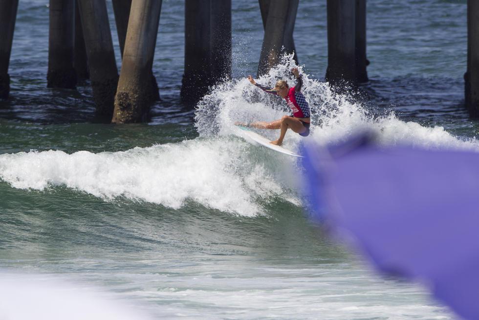 12 Stephanie Gilmore Vans US Open of Surfing foto Jackson Van Kirk WSL