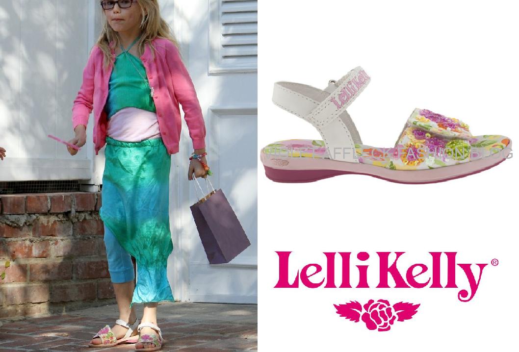 Violet Affleck Fashion Blog December 2012