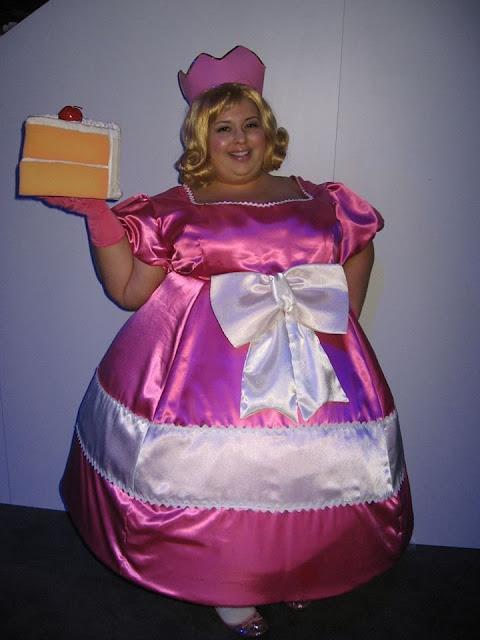 Angelina Duplisea as the Fat Princess