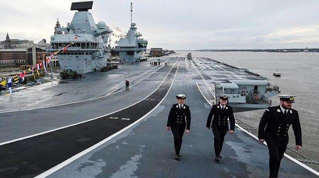 Anggota kru HMS Prince of Wales