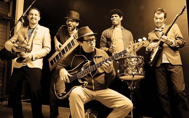 Pablo Estacio, Luis González, Rolando González, Germán Quintero, Julio Andrade