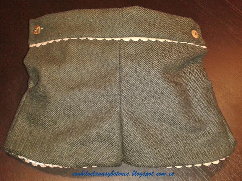 Con hilos, lanas y botones: pantalón corto para niño