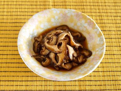 椎茸の甘辛煮 (レシピ)