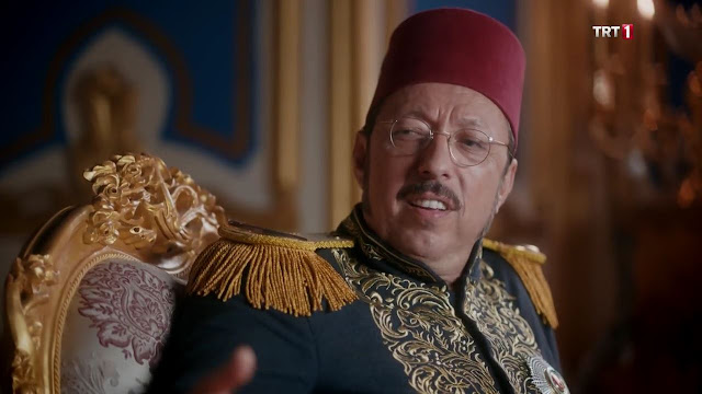 Mahmut Paşa kimdir? Mahmut Paşa nasıl öldü? Mahmut Paşa'nın tarihteki yeri.