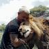 Βίντεο: Η αγάπη των λιονταριών...