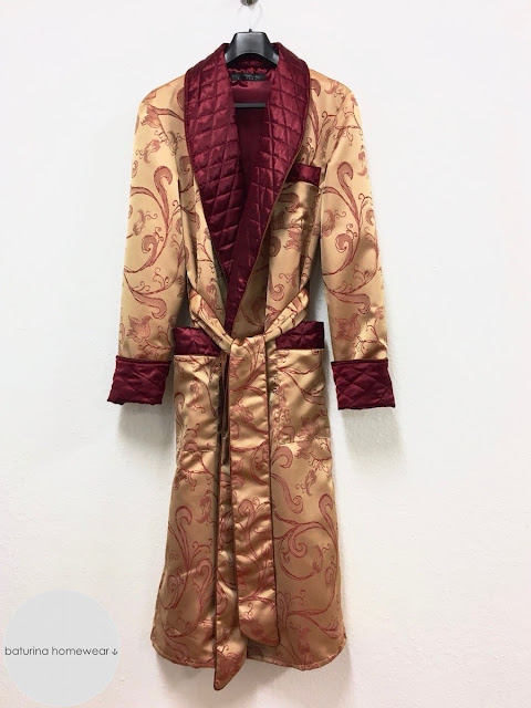 Men's paisley silk dressing gown gold burgundy 1800s gentleman's quilted robe long