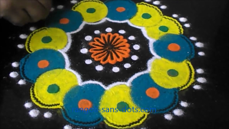 rangoli-with-bangles-technique-1d.jpg