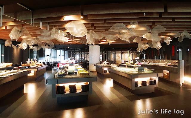 Food|臺南東區|XM 麻辣鍋-德安店-鄉民麻辣火鍋。在德安百貨復出啦!甜點豪華升級。不限時間吃到飽~