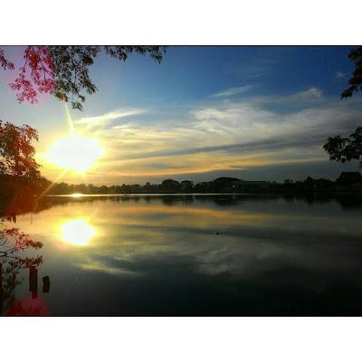 Danau Raja Sunset
