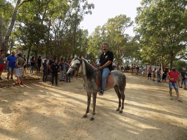 Ήγουμενίτσα: Ο Ιππικός Όμιλος Ηγουμενίτσας έκοψε τη Βασιλόπιτα στην παραλία του Δρεπάνου