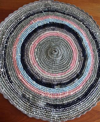 Dywanik okrągły z recyklingu