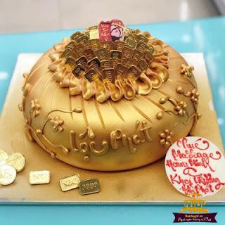 bánh-sinh-nhật-bằng-vàng-1