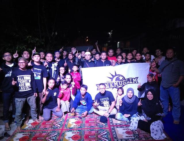 Punk Tidak Mati di Indonesia, Mereka Menjadi Islami