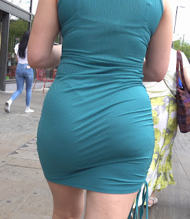 Mujeres sexis vestidos entallados