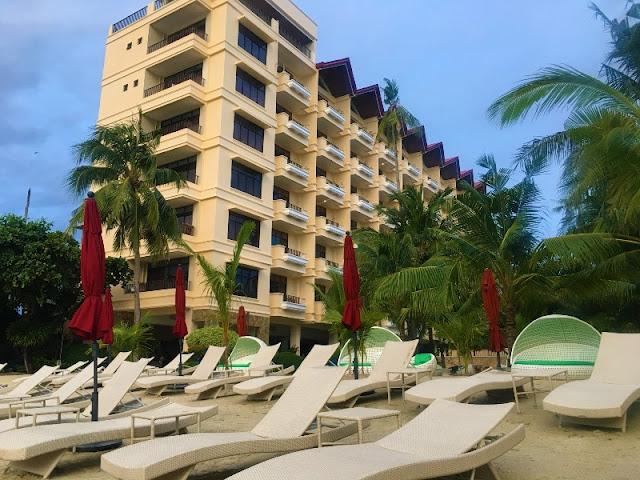 Costabella Tropical Beach Resort in Cebu 2021