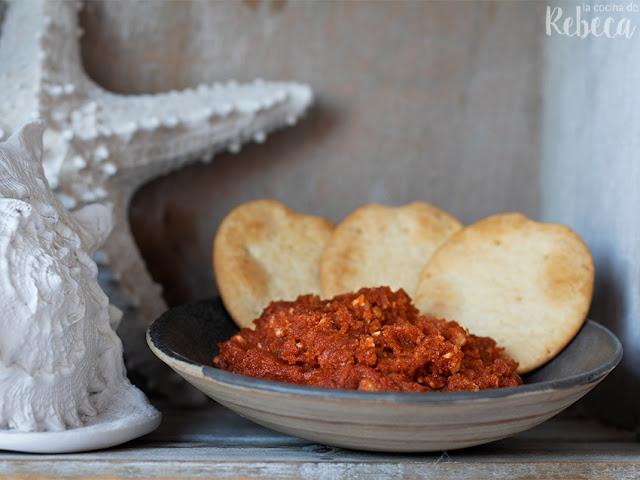 Paté de tomates secos y avellanas