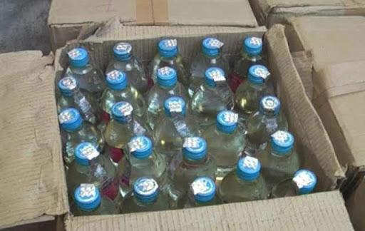 शराब में पानी मिलाने वाले 3 बर्खास्त : देसी शराब दुकान में पानी मिलाकर बेच रहे थे सेल्समैन और सुपरवाइजर, नौकरी गई अपराध भी दर्ज हुआ