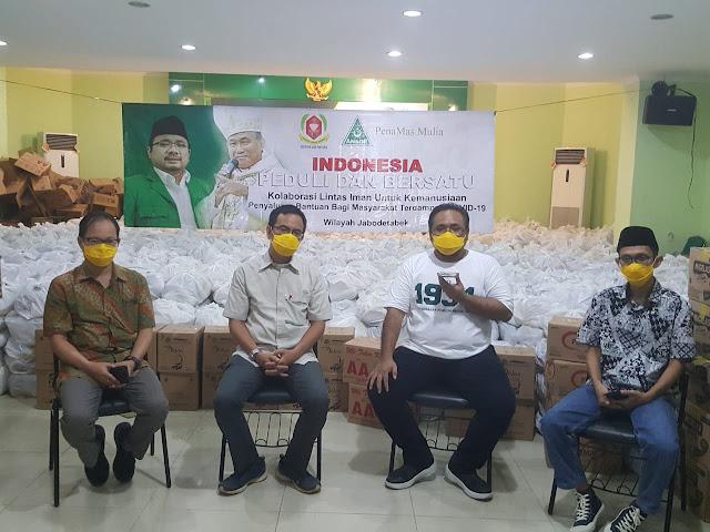 Gerakan Indonesia Peduli dan Bersatu Salurkan Bantuan Kemanusiaan di Jabodetabek