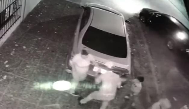 VIDEO: Violento robo a una embarazada y sus tres hijos en Moreno