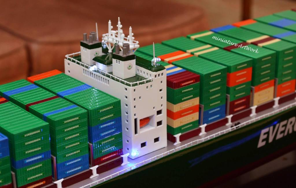 souvenir maket miniatur kapal container ever delight evergreen terbaik