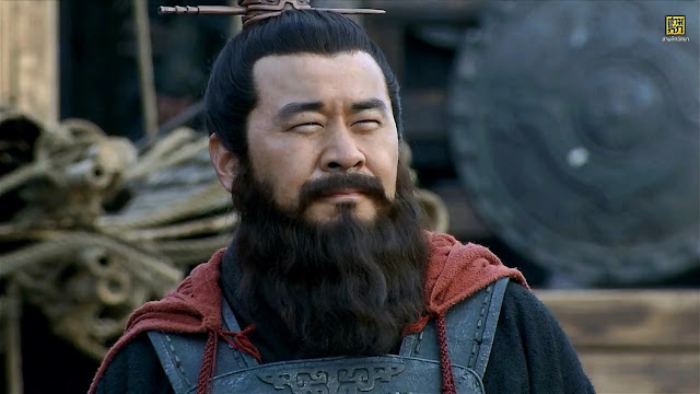 Chapter 14 : Cao Cao Moves The Court To Xuchang; Lu Bu Leads A Night Raid Against Xuzhou.