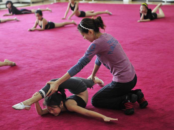 Chinese Kids Training In Gymnastics Brutal Training Pics